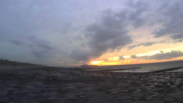 Brandungsangeln in Zeeland / NL _______  Shore fishing in the Netherlands.