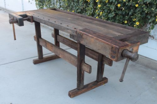EARLY-1800s-ANTIQUE-WOODEN-CARPENTERS-WORK-BENCH-TABLE-VISES-KITCHEN-ISLAND