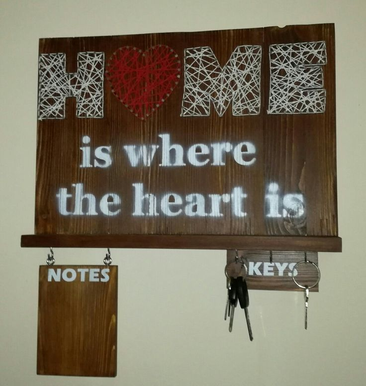 Wall decoration / key and note hanger