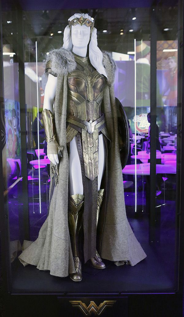 First Look: Costumes And Props From The Upcoming 'Wonder Woman' Film