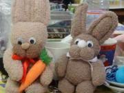 Veľkonočný zajačik z ponožiek - návod na výrobu veľkonočného zajačika z ponožiek