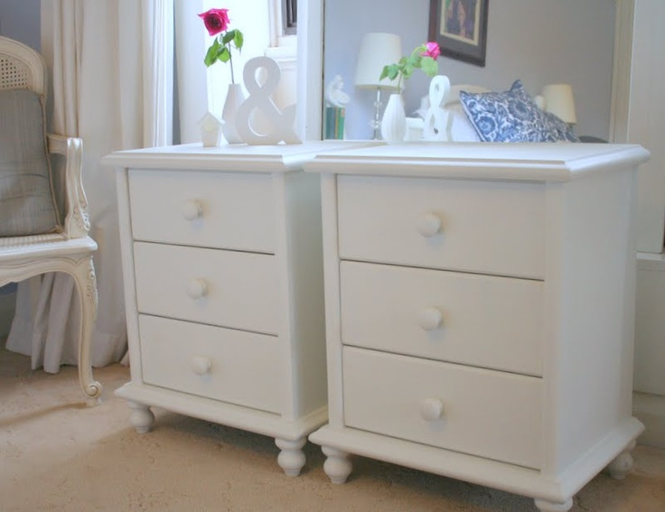 Lilyfield Life: White Painted Bedside Tables