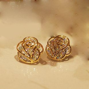 The fashion rhinestone Camellia earrings stud-gold+champagne
