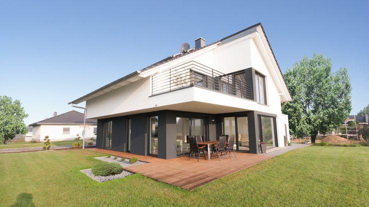 Bauhaus mit Satteldach in Löderburg - Architekten + Ingenieure Magdeburg - Architekturbüro   AI.STUDIO