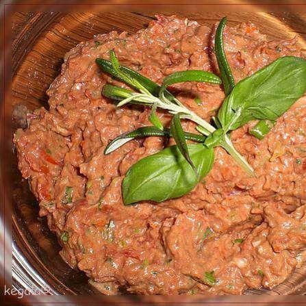 Rezept Tomaten-Mandel-Aufstrich von Thermomix-Koblenz - Rezept der Kategorie Saucen/Dips/Brotaufstriche