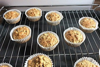 Nusskuchen ohne Zucker und Mehl, ein raffiniertes Rezept aus der Kategorie Kuchen. Bewertungen: 19. Durchschnitt: Ø 4,1.
