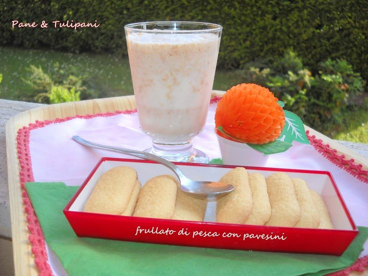 arrivano i frutti estivi...io ne approfitto anche così... http://blog.cookaround.com/vincenzina52/frullato-pesca/FRULLATO DI PESCA