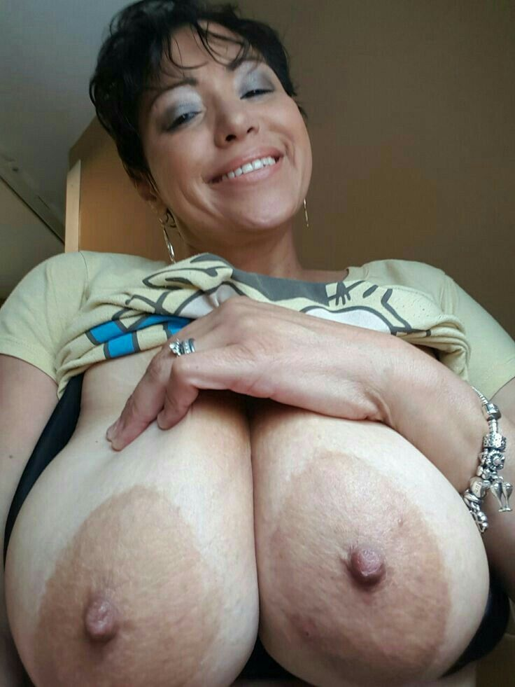 Wanna crazy big tits please!!! FUCK SUPERHOT