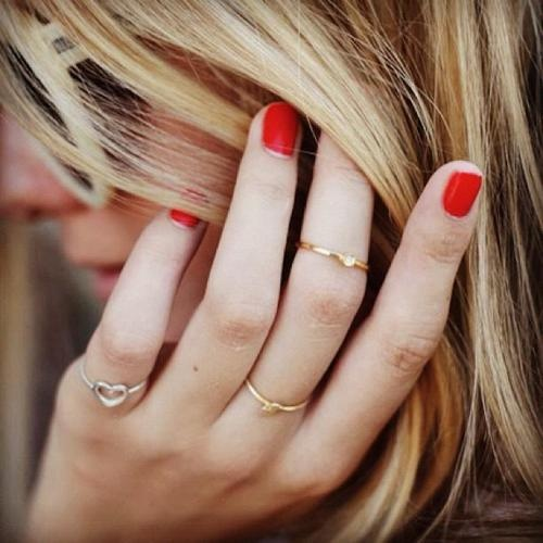 I love these tiny dainty rings I've been seeing around, but I don't know where to get them!  And very keen on the idea of wearing them on the upper finger like I've seen a bit.  Have to look into this awesome trend.