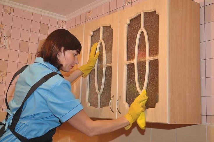 Как избавиться от жирных пятен на кухне