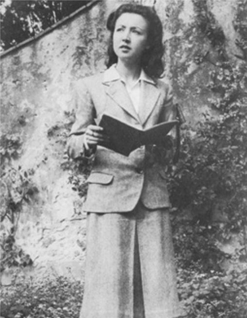 Oriana in uno scatto di fine anni Quaranta - Foto - Oriana Fallaci