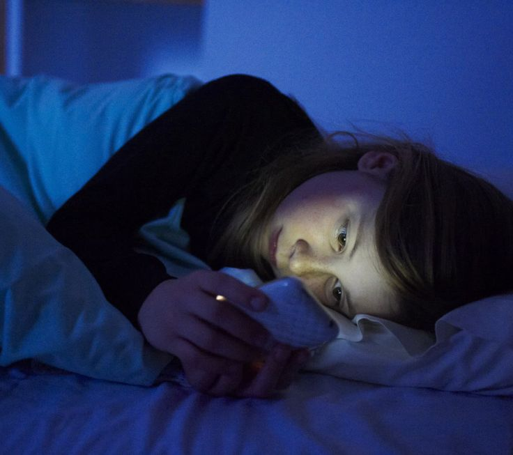 Having A hard Time to Sleep? Try to Avoid These 9 Things Before Bedtime | Health Digezt