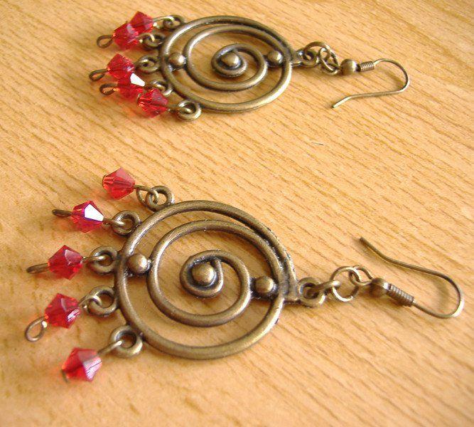 Pendientes largos - Pendientes rojos y Swarovski - hecho a mano por julidell en…