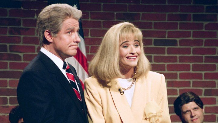 Phil Hartman as Bill Clinton, Jan Hooks as Hillary Clinton in a skit on SNL on September 26th, 2014.