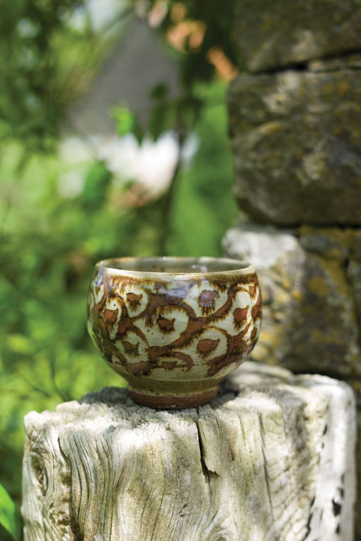 Chawans are supremely personal forms, allowing potters to display their unique touch. Learn more about the art of the tea bowl in our article.