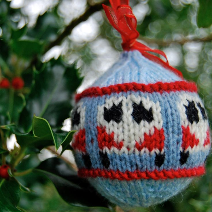 "Campervan Bauble ""Dub Ball"" Christmas Tree Decoration - Free Knitting Pattern! - Slightly Sheepish"