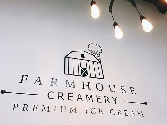 Love the way the store was decorated. Very modern💡 #interiordesign#decoration#lighting#modern#farmhousecreamery#icecreamshop#icecream#pretty#lit#얌얌얌 #foodie#yummy#먹방#먹스타그램#냠냠#맛짱#맛스타그램#foodie#foodporn  Yummery - best recipes. Follow Us! #foodporn