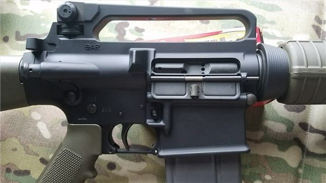 Armalite AR-10B Although not the original configuration of the AR-10, the AR-10B is a classic rifle chambered in 7.62x51mm. This model is no longer available, Armalite still produces AR-10′s but in more tactical and modern interpretation. One downside to these older AR-10′s is that they usually won't accept modern magazines; they use their own pattern. I've read you can also modify M14 mags for these guns