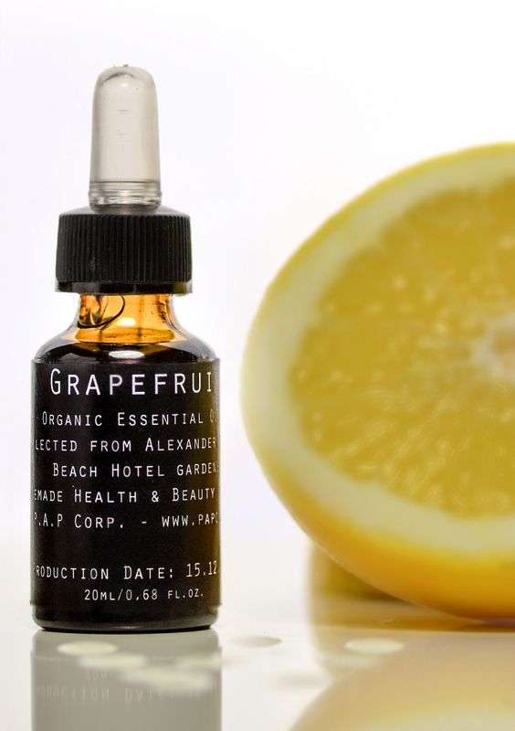 Grapefruit Essential Oil - combats acne & oily skin - boosts immune system - ensures healthy functioning of lymphatic system - antioxidant & detoxifier. Order online at www.papcorp.com