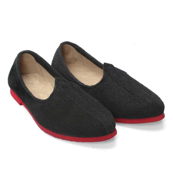 Buy #Jalsa Sole Material: Eva Upper Material 100% #Genuine Leather @ voganow.com for Rs.799/-