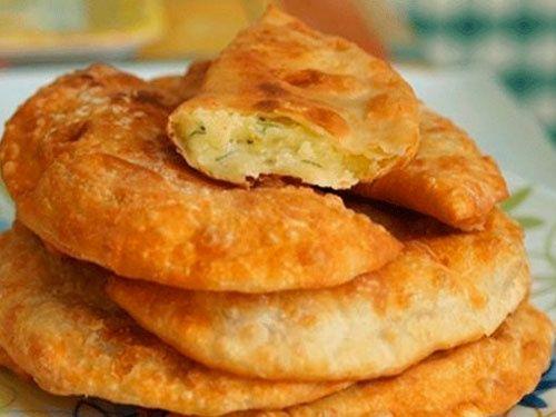 Самые вкусные чбуреки на кефире с картошечкой и сыром