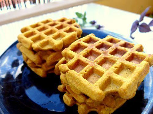 Waffles saudáveis de abóbora e maçã (a partir dos 11 meses)