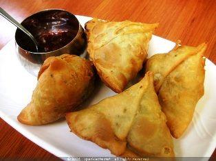 Uganda Food › Vegetable samosa   In the Kitchen: African ...