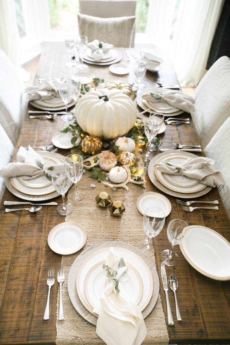 Best 25 thanksgiving tablescapes ideas on pinterest for House table decorations