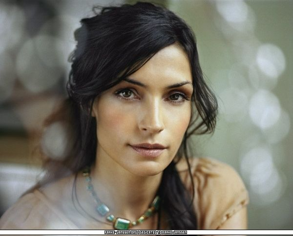 Famke Janssen. OHMYGOD she is so pretty.