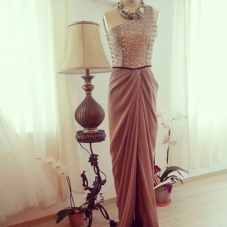 knot dress