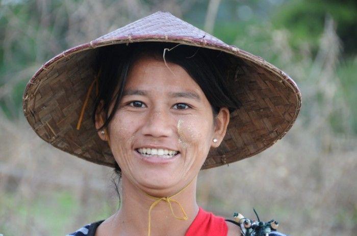 Le beau #sourire de la Birmanie… ©Salaün Holidays #smile #travel