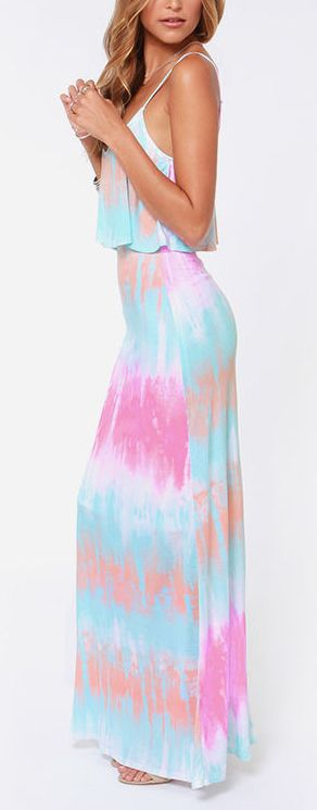 I'm not a huge tie-dye-on-my-clothes-fan but these colors are oh so pretty!