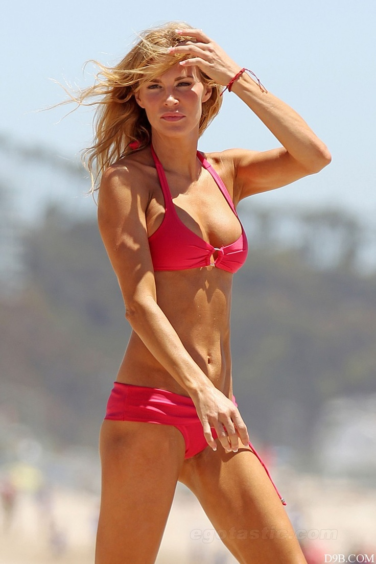 Real housewives camille grammer bikini apologise