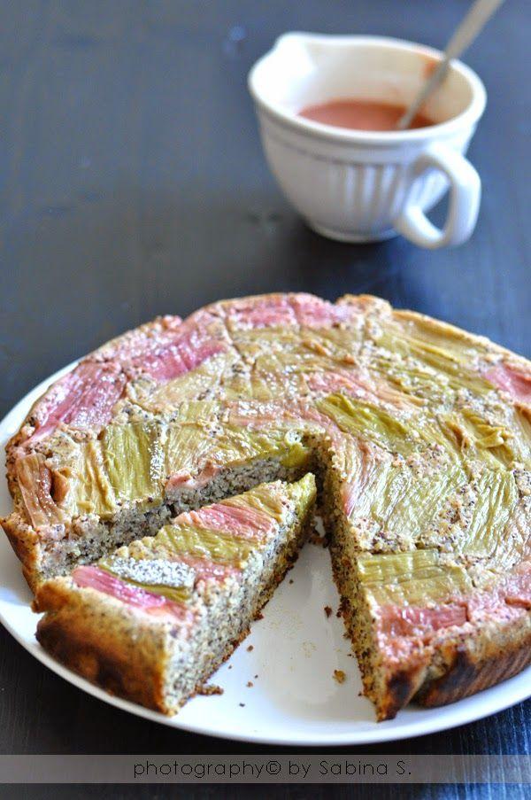 Due bionde in cucina: Torta rovesciata al rabarbaro