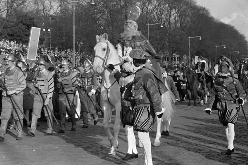 Herauten, Sinterklaas, Zwarte Pieten, landelijke intocht Rotterdam 1960