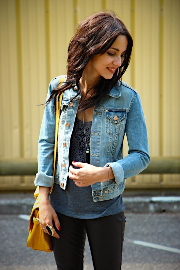 Casual Fall: faux leather leggings, cute top & denim jacket. Pair up with converse or ankle boots.