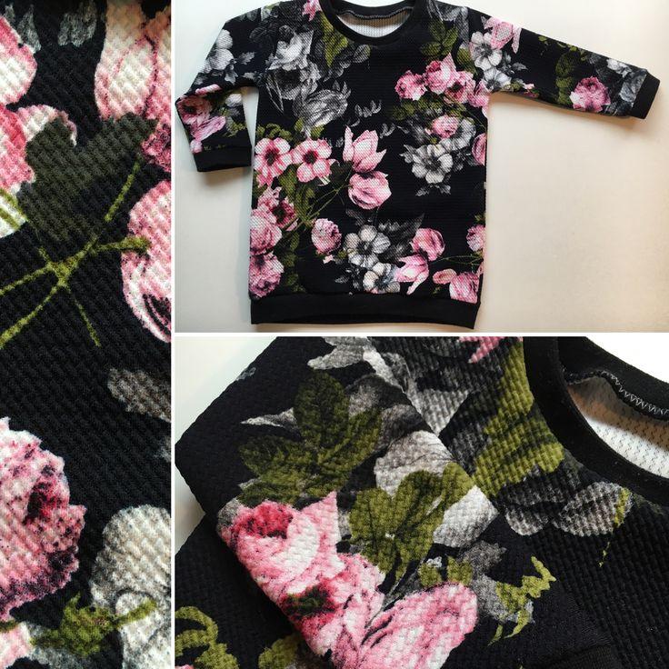 Natalkowa bluza w kwiatki