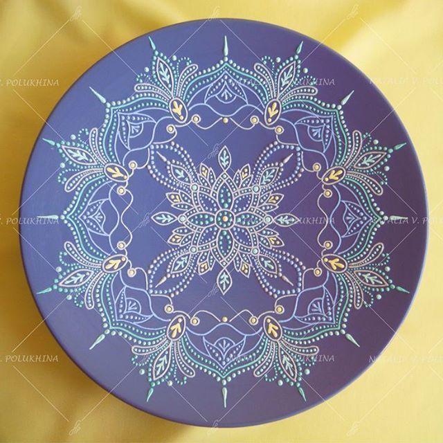 Керамическая тарелка, точечная роспись   Ceramic plate (26 sm), point-to-point  #handmade #handdecorated #plate #pointtopoint #accessory #interiordecor #gift #exclusive #ceramic #elsanati #tabak #hediye #icdekorasyon #ozel #seramik #хэндмэйд #ручнаяработа #тарелка #эксклюзив #декор #точечнаяроспись #керамика