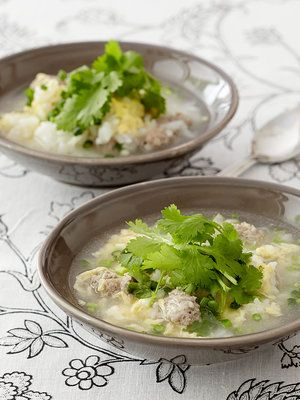 【ELLE a table】タイ風雑炊 パクチー肉団子入りレシピ|エル・オンライン