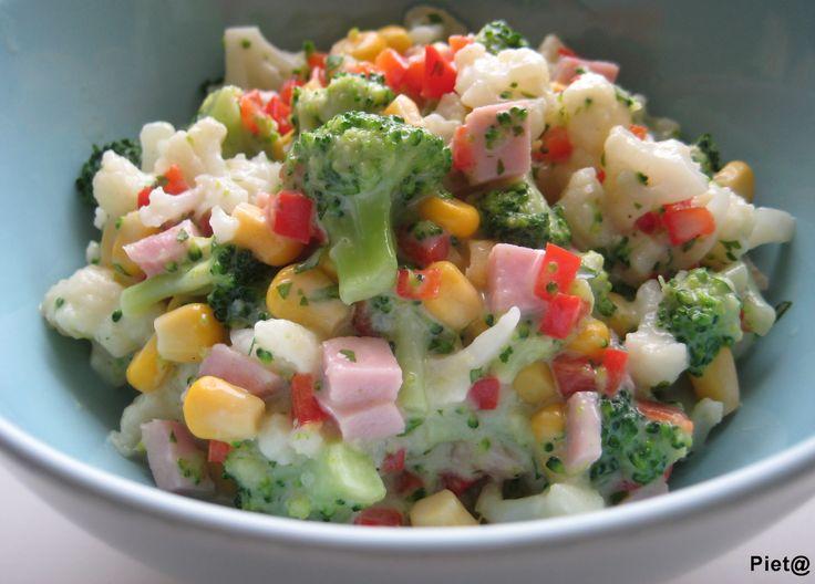 Pieta's hapjes: Broccoli-bloemkoolsalade met maïs