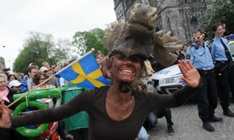 http://www.thelocal.se/20160803/17-mistakes-foreigners-make-when-moving-to-sweden  So you think you can handle Sweden? Here are 17 of some of the most common mistakes that newcomers make when they first arrive in the Nordic country.