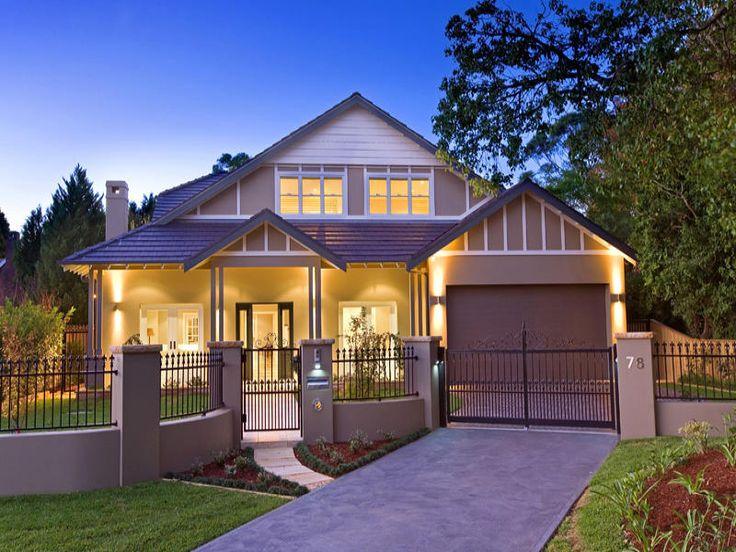 Californian bungalow facade ideas with landscaped garden
