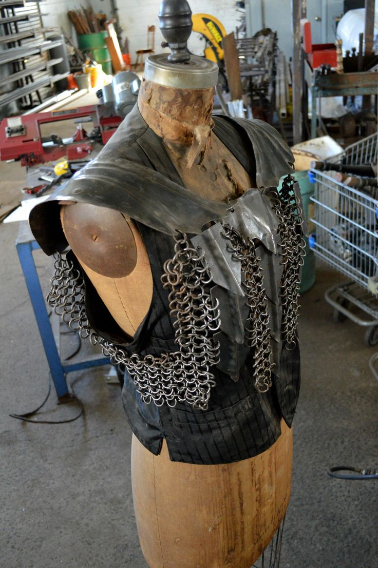 United lotr images uc1380aslb anduril jpg - Hand Forged Larp Sca Armor Chainmail And Plate Chest Armor Lotr Orc