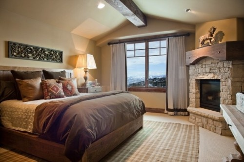 13 best chair rail ideas images on pinterest a fan big for Master bedroom corner fireplace