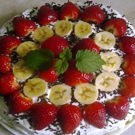 Epres-banános torta