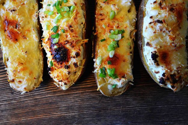 Bites de pommes de terre au lard maigre Twice- | 23 Amazing Ways To Eat A Baked Potato For Dinner