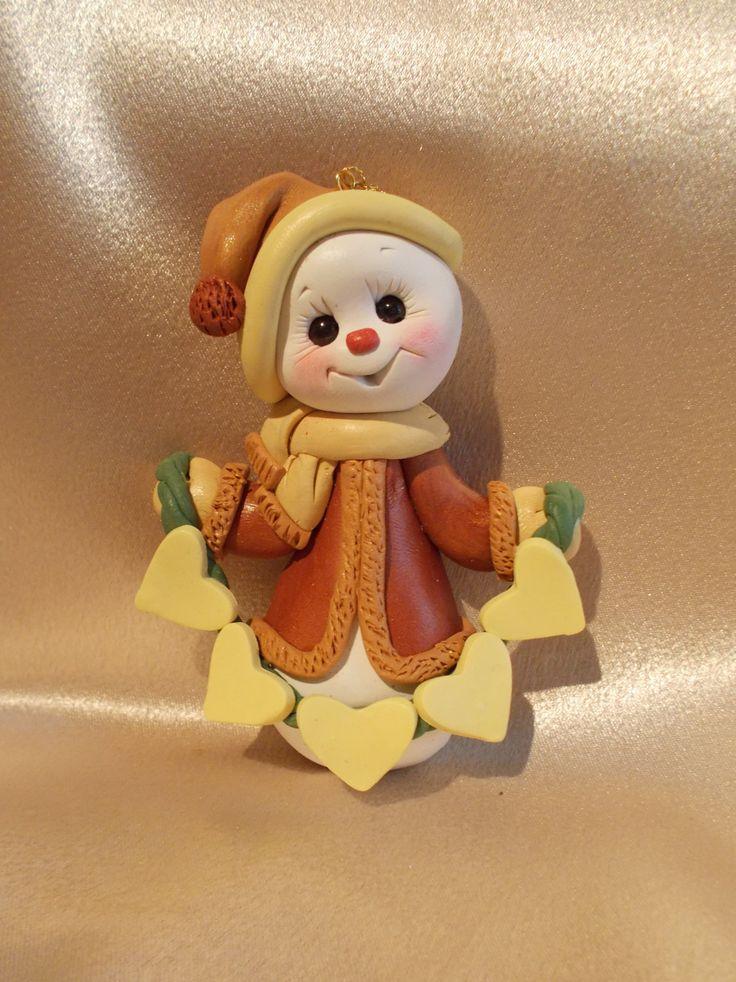 *POLYMER CLAY ~ snowman family Christmas ornament polymer clay snow presonalized gift keepsake rust hearts.