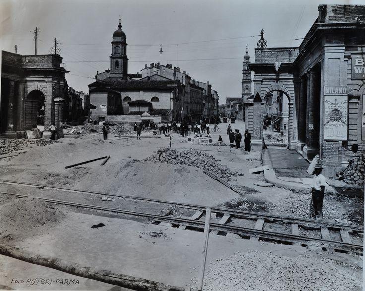 Strada Vittorio Emanuele (dopo il bombardamento)