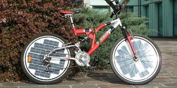 Painel fotovoltaico instalável em qualquer bicicleta