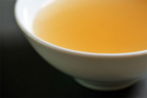 Slow Cooker Beef Bone Broth by Michelle Tam http://nomnompaleo.com